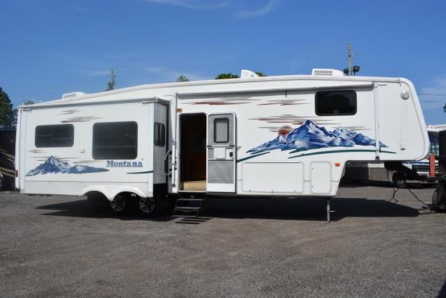 Used 2006 Keystone Montana 3670RL Fifth Wheel For Sale