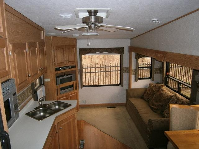 Camping World Kaysville >> Used 2006 Glendale Titanium Fifth Wheel For Sale In ...