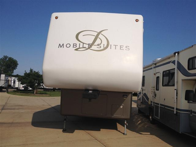 2003 Double Tree RV Mobile Suites