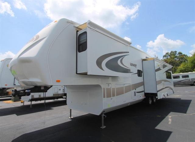 2010 Fifth Wheel Jayco Designer