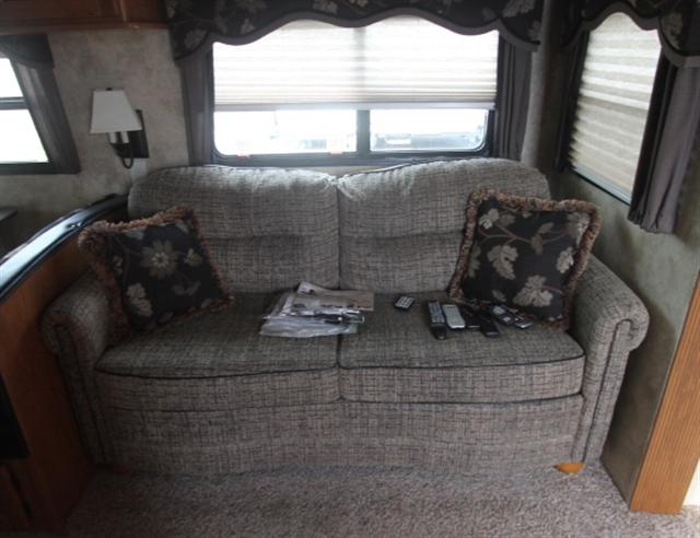 Used 2011 Keystone Mountaineer Fifth Wheel Toy Haulers For