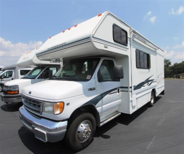 Buy a Used Winnebago Minnie in Lake Park, GA.