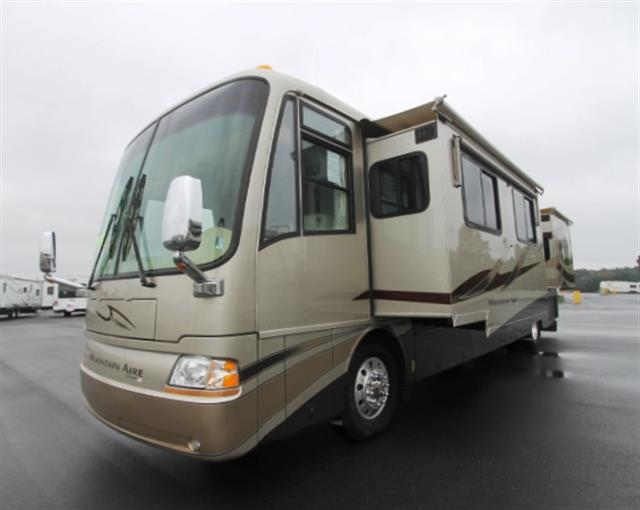 2005 Newmar Mountainair