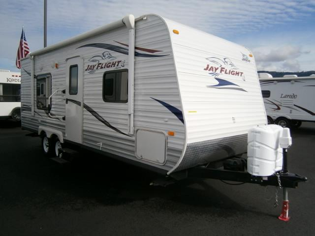Buy a Used Jayco Jay Flight G2 in Coburg, OR.
