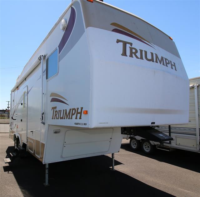 2002 Fleetwood Triumph