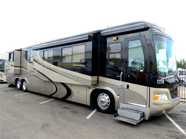 Used 2005 Monaco Signature Class A Diesel Motorhomes For ...