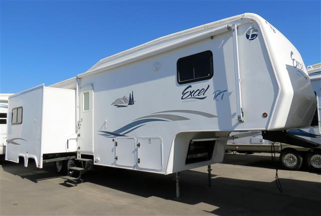 Used 2006 Peterson Excel M-33FSE Fifth Wheel For Sale