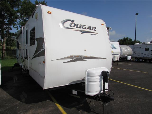Buy a Used Keystone Cougar in Saukville, WI.