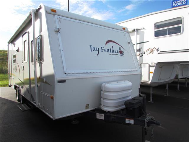 Buy a Used Jayco Jay Feather in Saukville, WI.