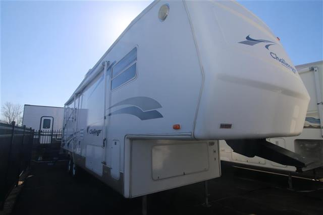 Used 2002 Keystone Challenger 32RLB Fifth Wheel For Sale