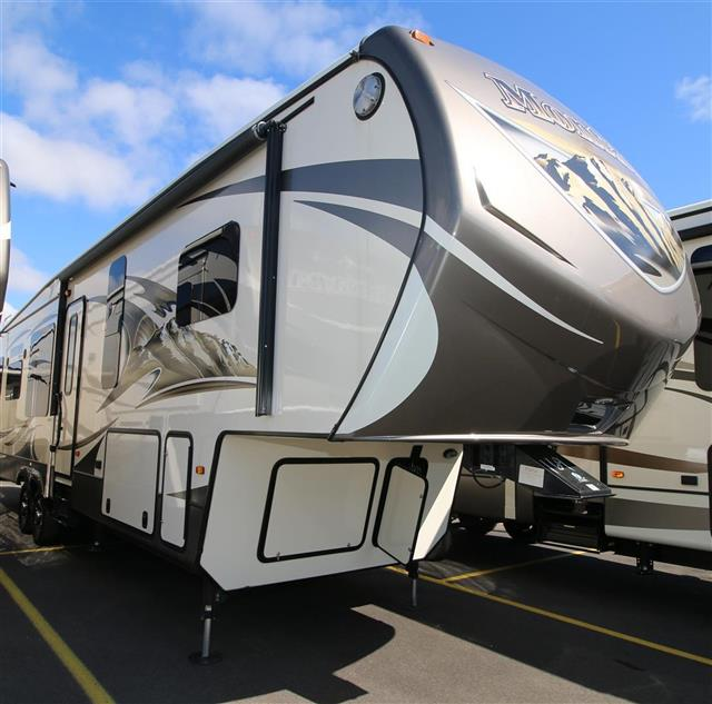 Buy a New Keystone Mountaineer in Saukville, WI.