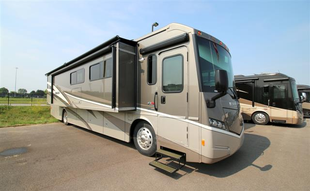 Buy a New Winnebago FORZA in Rossford, OH.