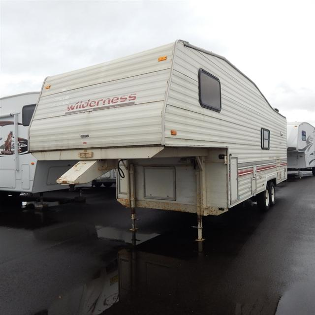 Used 1992 Fleetwood Wilderness 26-5N Fifth Wheel For Sale