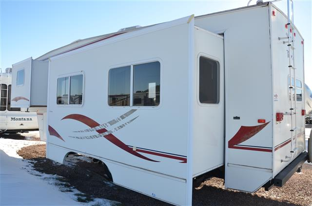 Used 2000 Fleetwood Terry Fifth Wheel For Sale In