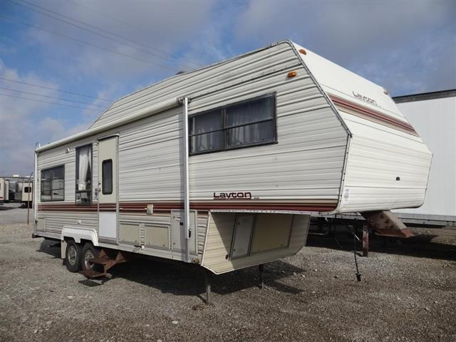 Used 1988 Skyline Layton 2815B Fifth Wheel For Sale