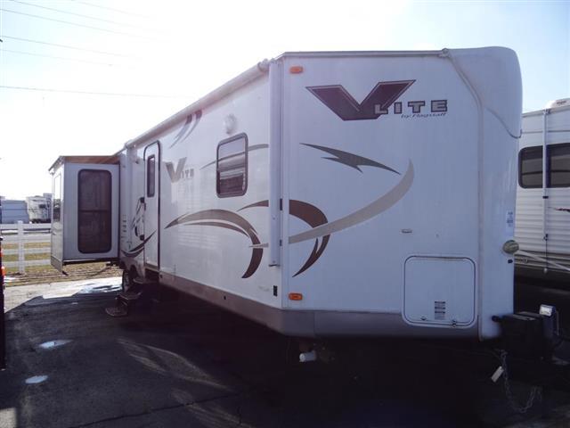 2011 Flagstaff V-LITE