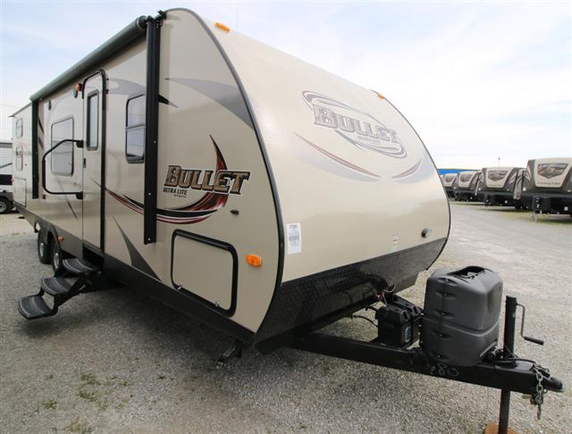 Used 2013 Keystone Bullet BL286QBS13 Travel Trailer For Sale
