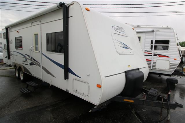 2005 R-Vision Trailcruiser