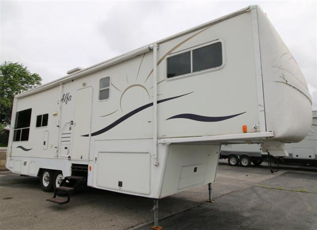 Used 2005 Alfa See Ya 30RLDS Fifth Wheel For Sale