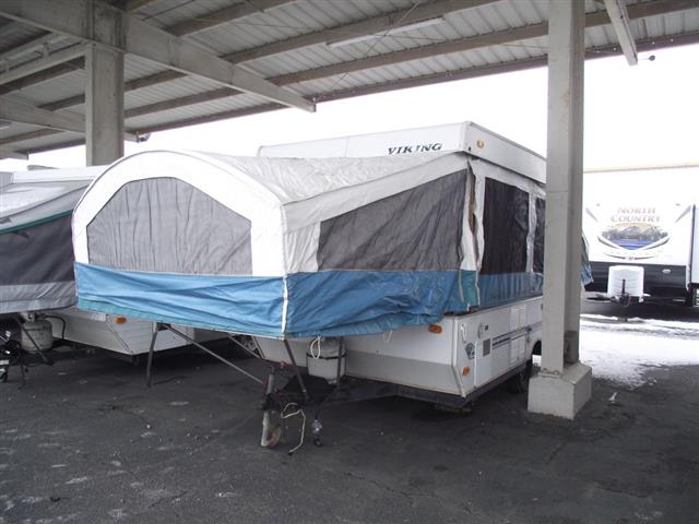 Used 1997 Viking Viking 2470 Pop Up For Sale