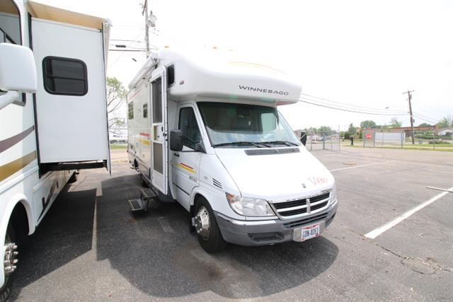 Used 2006 Winnebago View 23J Class B Plus For Sale
