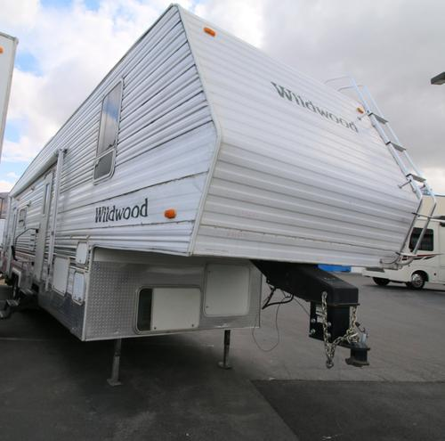 Used 2003 Forest River Wildwood F37 Fifth Wheel Toyhauler For Sale