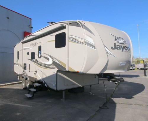Bedroom : 2018-JAYCO-26.5BHS