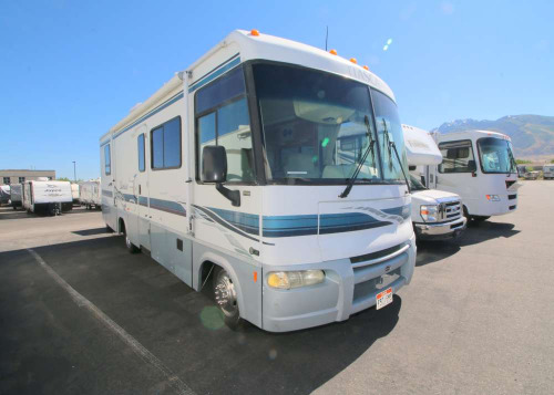 Bedroom : 2002-ITASCA-30W-WORKHORSE