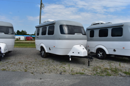 RV : 2019-AIRSTREAM-16FB