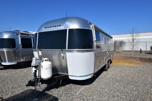 Exterior : 2019-AIRSTREAM-25RB QUEEN