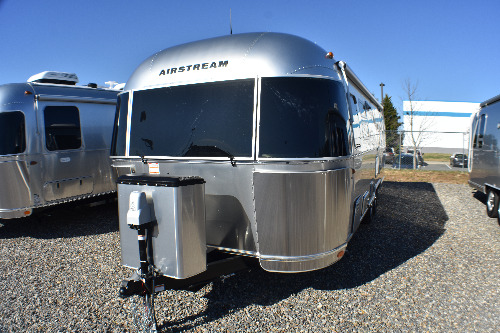 Exterior : 2020-AIRSTREAM-28RB QUEEN