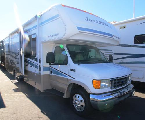 Used 2005 Fleetwood Jamboree 30U Class C For Sale