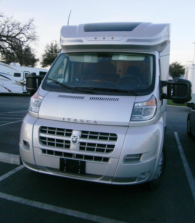 Buy a New Itasca VIVA in Santa Clarita, CA.