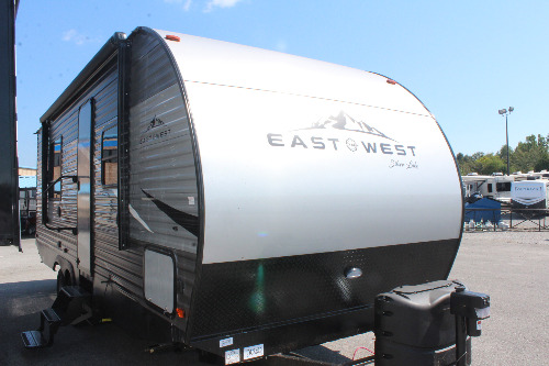 Exterior : 2020-EAST TO WEST-25KRB