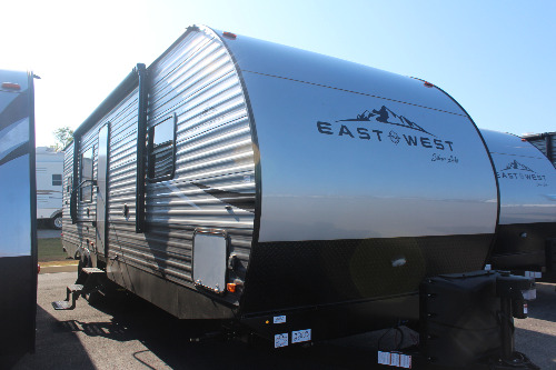 Exterior : 2020-EAST TO WEST-29KRK