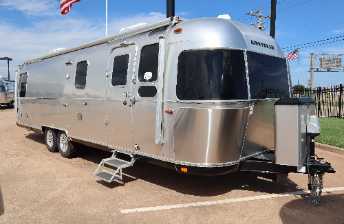 Exterior : 2019-AIRSTREAM-30RB TWIN