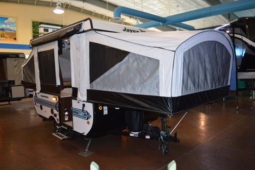 Kitchen : 2018-JAYCO-10SD