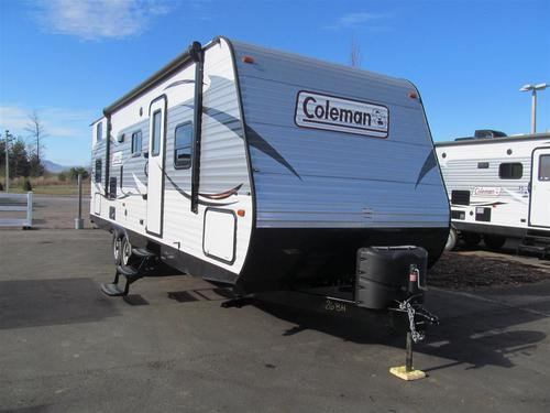 Used 2015 Dutchmen Coleman 262BH Travel Trailer For Sale