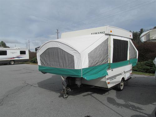 2004 Coachmen Viking