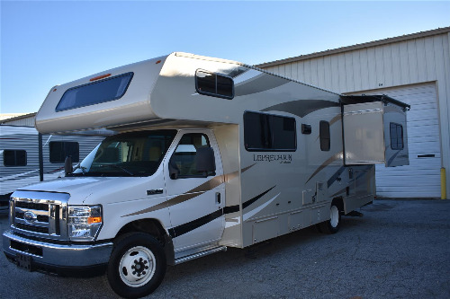 Cab : 2018-COACHMEN-260 RS FORD E350