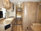 Living Room : 2016-COACHMEN-24G