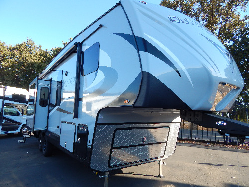 Bathroom : 2019-OUTDOORS RV-F26RKS