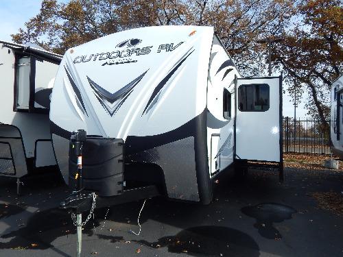 Bathroom : 2019-OUTDOORS RV-27BHS