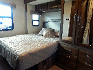 Bedroom : 2019-JAYCO-24L