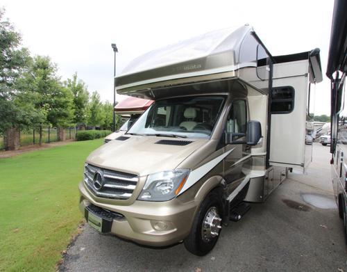 Dynamax Isata 3 24RW RVs for Sale - Camping World RV Sales