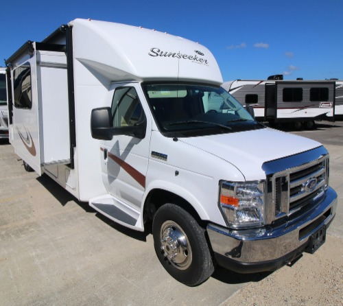 Cab : 2015-FOREST RIVER-2800QSF