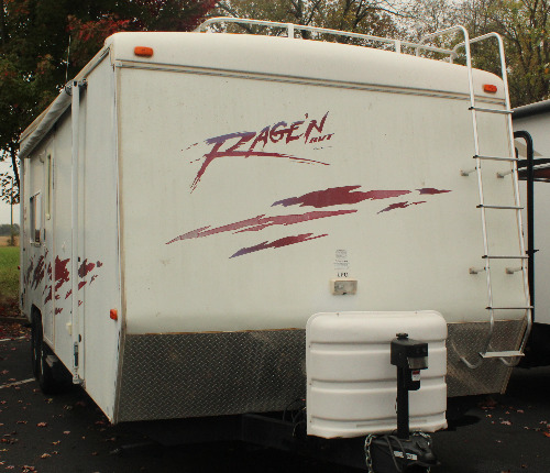Exterior : 2003-NATIONAL RV-27T
