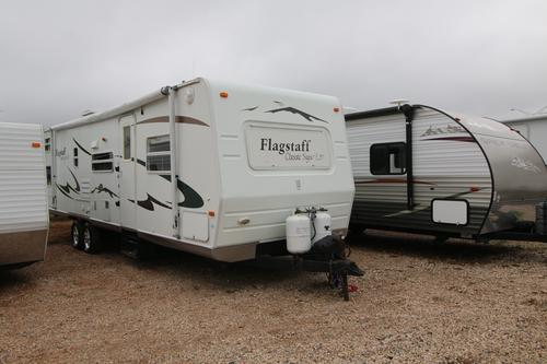 Used 2006 Forest River Flagstaff 831QBSS Travel Trailer For Sale