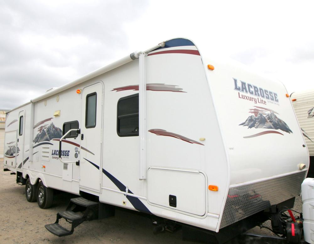 Used Prime Time Lacrosse Travel Trailers