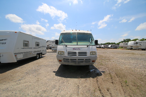 Exterior : 1993-NATIONAL RV-290
